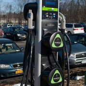 Electronic vehicle charging stations unveiled at SUNY New Paltz campus lots
