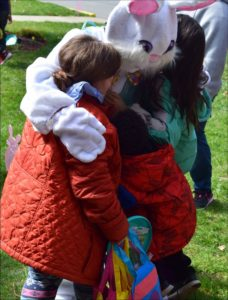Pawling Nursing Home Hosts Easter for Children's Home of Poughkeepsie